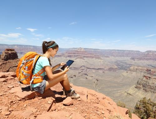 Tips dan Trik Agar Baterai Smartphone Irit Saat Traveling