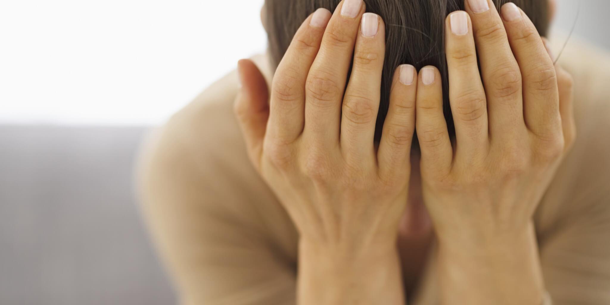 7 Tanda Kamu Tidak Bahagia Dalam Hubunganmu