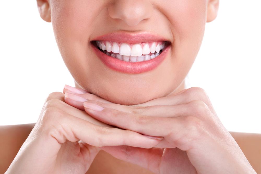 5 Bahan Alami Untuk Memutihkan Gigi Dengan Cepat Meramuda