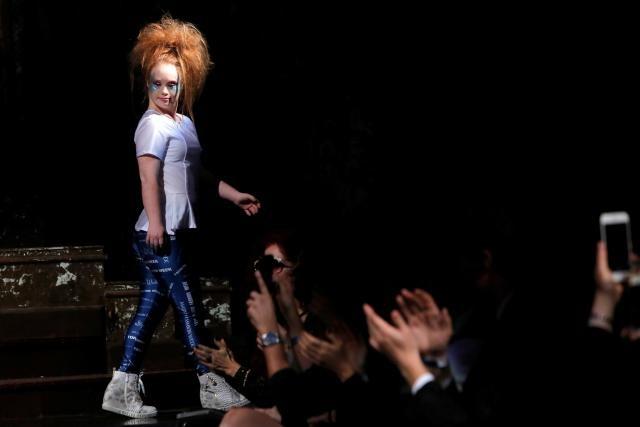 model-dengan-down-syndrome-ini-baru-meluncurkan-label-pakaian-sendiri-c-jpg