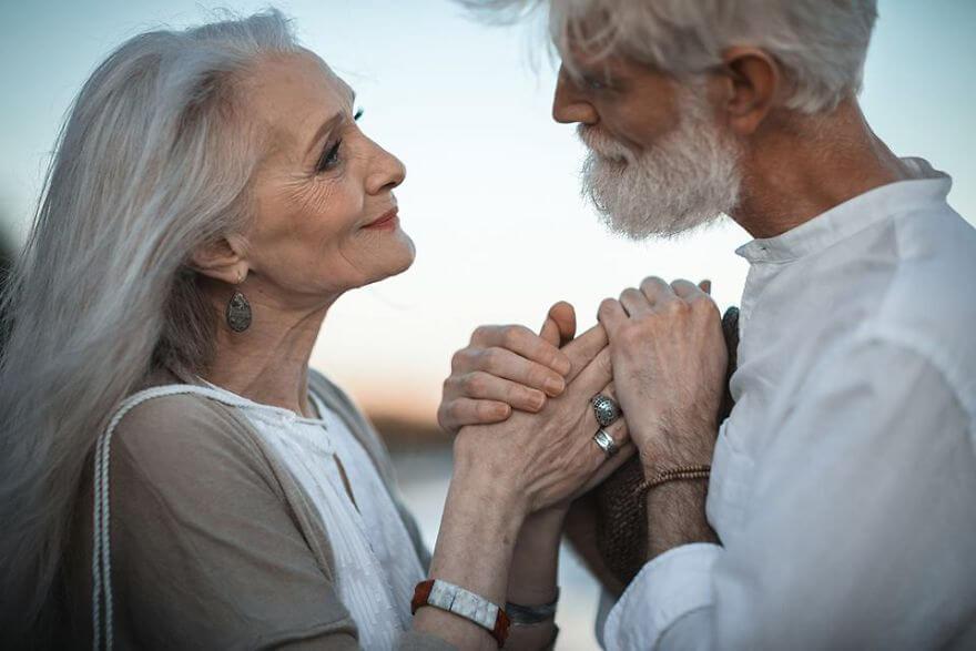 viral pasangan lansia