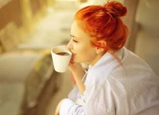 kebanyakan konsumsi kafein berbahaya dampak bagi tubuh