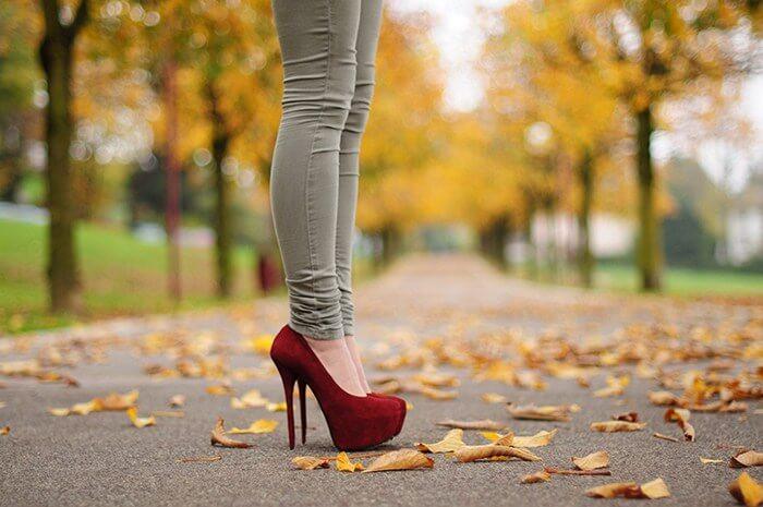 kaki sakit pakai high heels