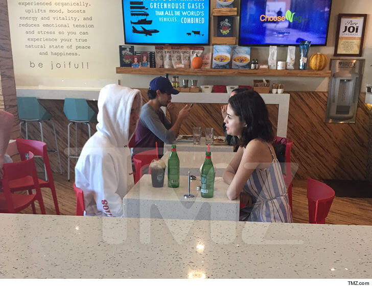 Justin Bieber Masih Menunggu Kepastian dari Selena Gomez