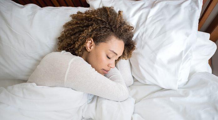 Acupressure: Teknik Pemijatan yang Bisa Membantumu Lebih Cepat Tertidur