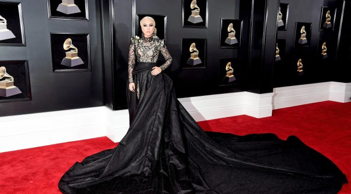 Beauty Look Terbaik di Karpet Merah Grammy Awards 2018