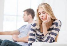 7 Tanda Hubunganmu Sudah Berada di Ujung Tanduk