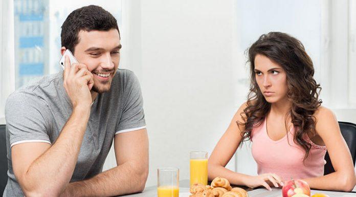 10 Cara Berhenti Bersikap Posesif terhadap Pasangan