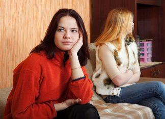 Didiamkan oleh Pasangan atau Teman saat Bertengkar? Ini yang Harus Dilakukan