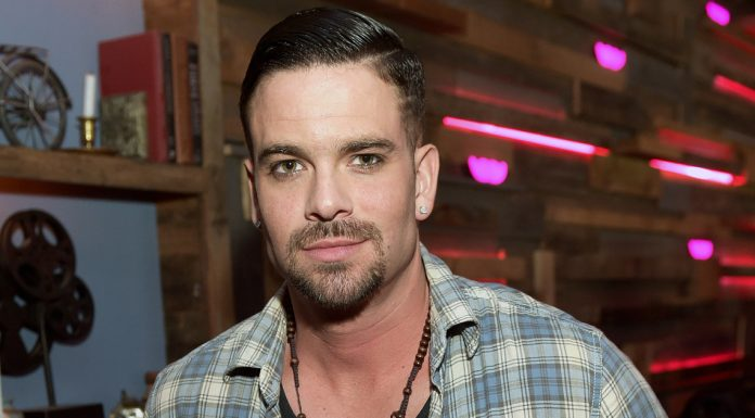 Aktor 'Glee' Mark Salling Meninggal Dunia