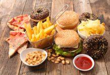5 Jenis Makanan Pemicu Tumbuhnya Jerawat