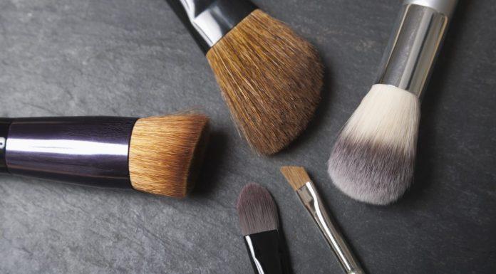 Gadget Canggih Pembersih Brush dalam Waktu 5 Menit dari Brushean