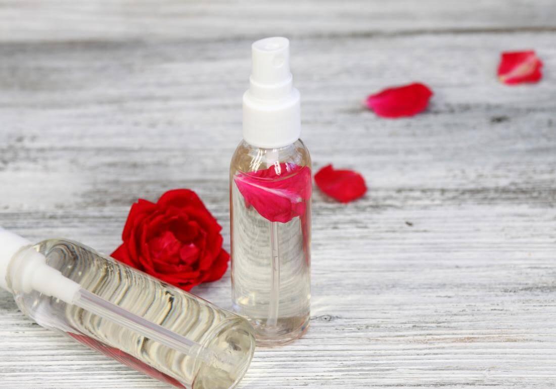 3 DIY Makeup Setting Spray Mudah dan Berkhasiat