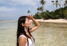 Jaga Kelembapan Rambut Saat Beraktivitas di Pantai dengan Trik Berikut!