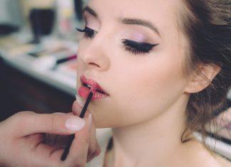 Ingin Makeup Awet? Ikuti Saran Makeup Artist Beyoncé Ini