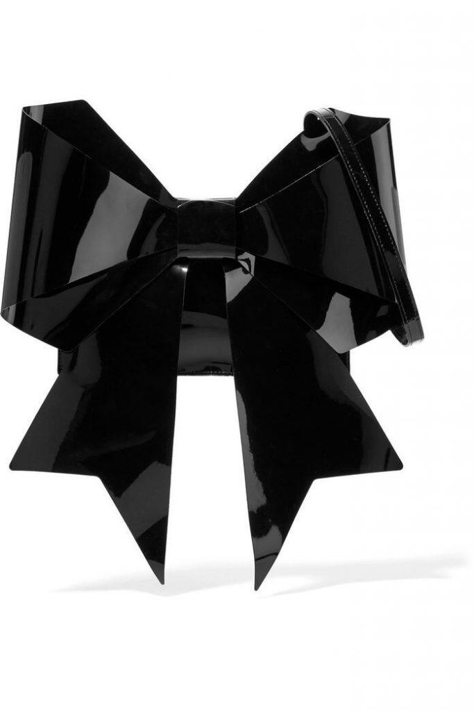 6 Tas dengan Bentuk Nyeleneh, Motifnya Bikin Geleng-geleng Kepala