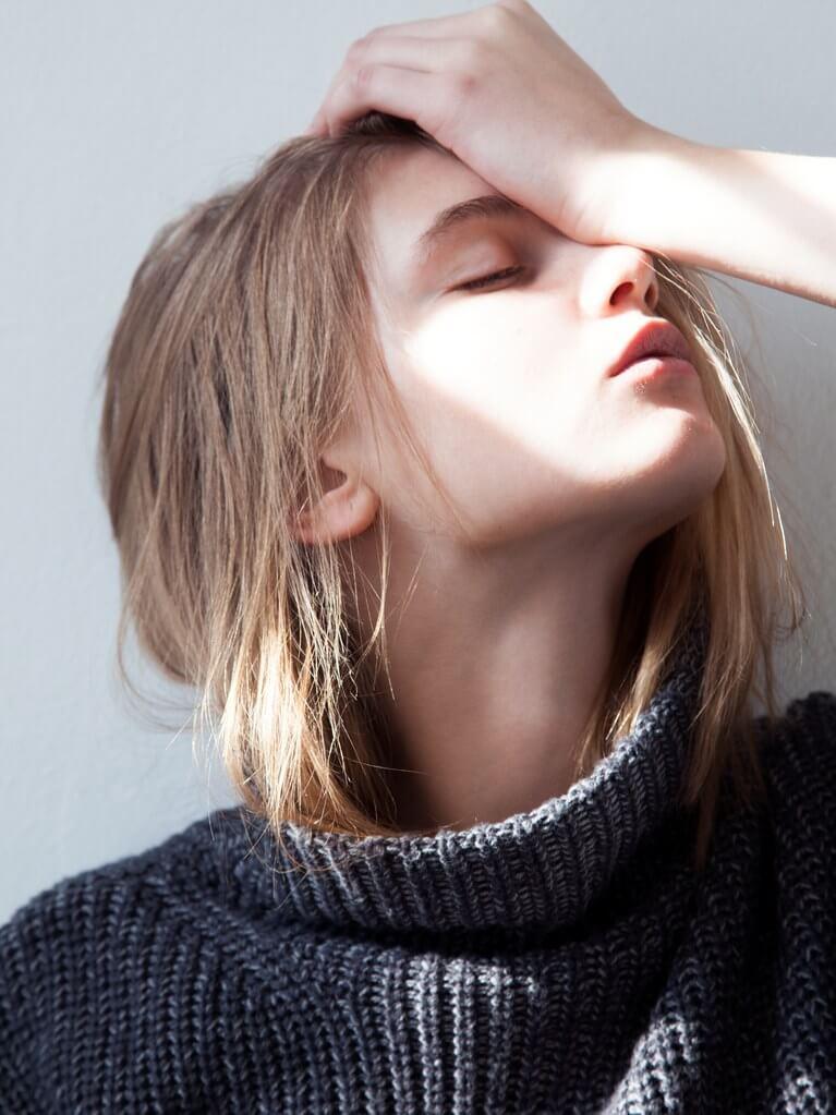 Penyebab dan Tips Mengatasi Sakit Kepala Saat Menstruasi