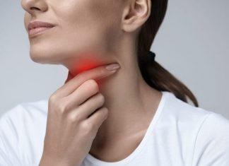Sakit Tenggorokan Menyiksa? Usir dengan 6 Cara Alami Ini