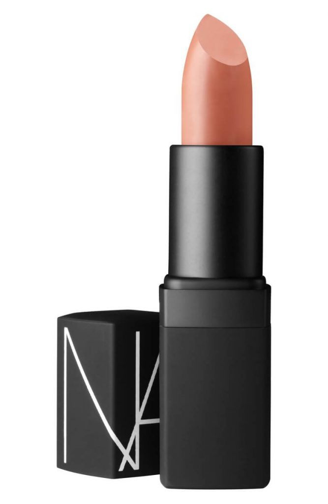 Inspirasi Lipstik Nude untuk Spring/Summer 2018