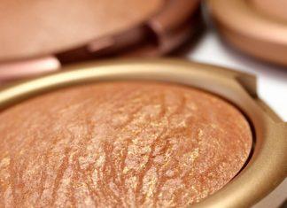 Tips Aplikasi Bronzer untuk Kulit Gelap Agar Wajah Tampak Lebih Sehat