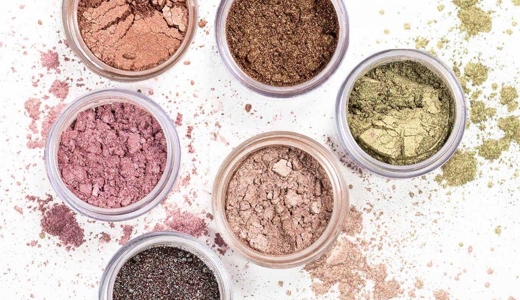5 Cara Seru Menggunakan Pigmen Makeup