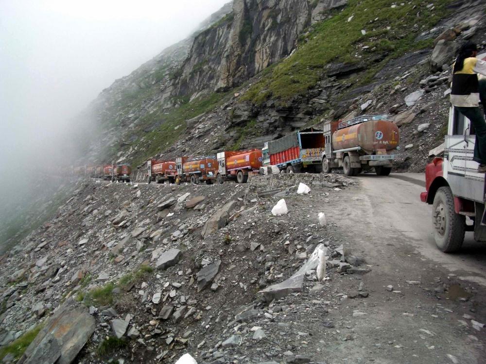 Bikin Geregetan, Ini Jalanan Paling Berbahaya di Dunia