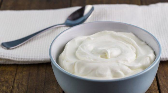 Apa Bedanya Greek Yoghurt dengan Yoghurt Biasa?
