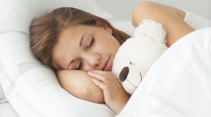 Tidur Berlebihan dan Efeknya Bagi Kesehatan