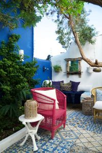 9 padu padan warna yang cocok dengan dekorasi biru di