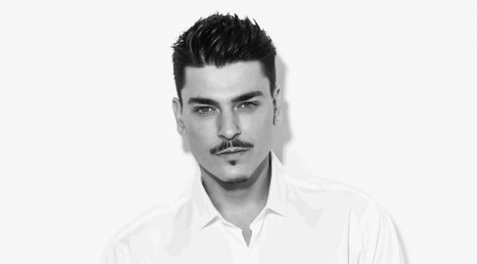 Makeup Artist Mario Dedivanovic Siap Rilis Lini Makeup