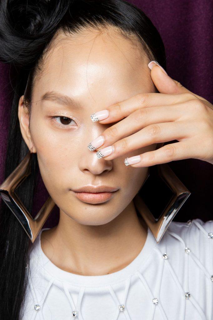 9 Inspirasi Nail Art dari New York Fashion Week