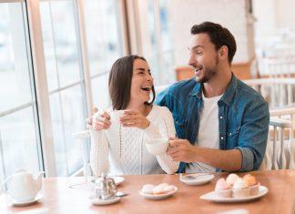 Inilah Hal-hal Positif Saat Kamu Berkencan dengan Cowok Humoris
