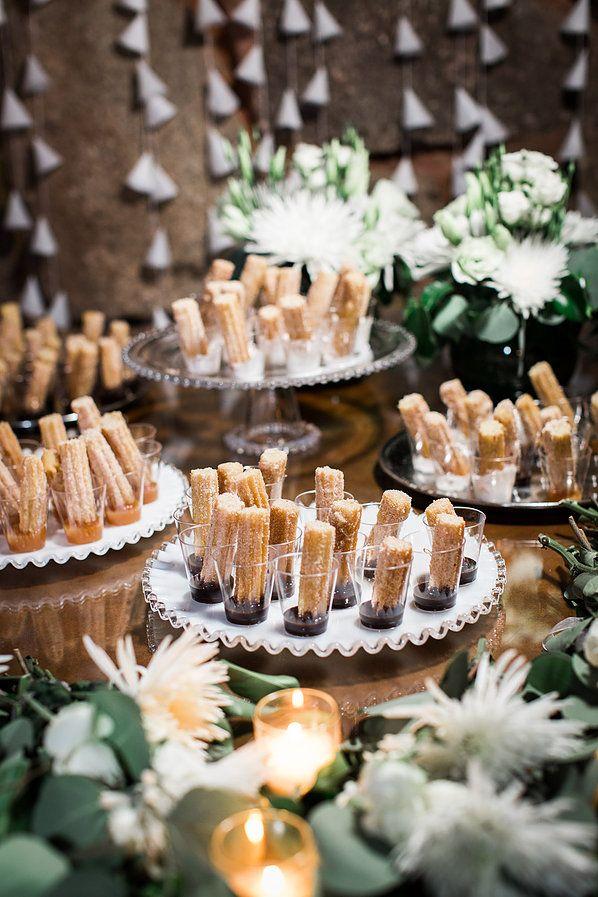 9 Ide Makanan Pernikahan Unik agar Hari Spesialmu Dikenang Selamanya