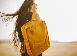 Sering Membawa Tas Berat? Hati-Hati Dampaknya Ya, Ladies!