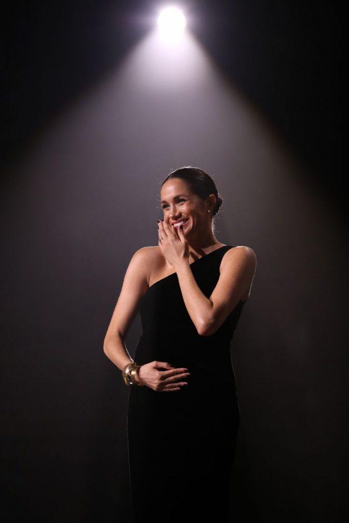 Meghan Markle kembali Melanggar Protokol Kerajaan di British Fashion Awards