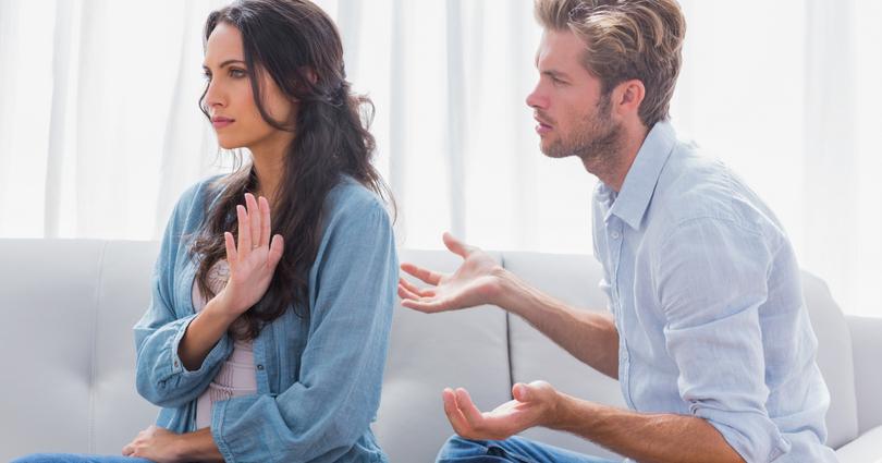 Tanda Kalau Masa Lalu Menghantui Hubunganmu Saat Ini