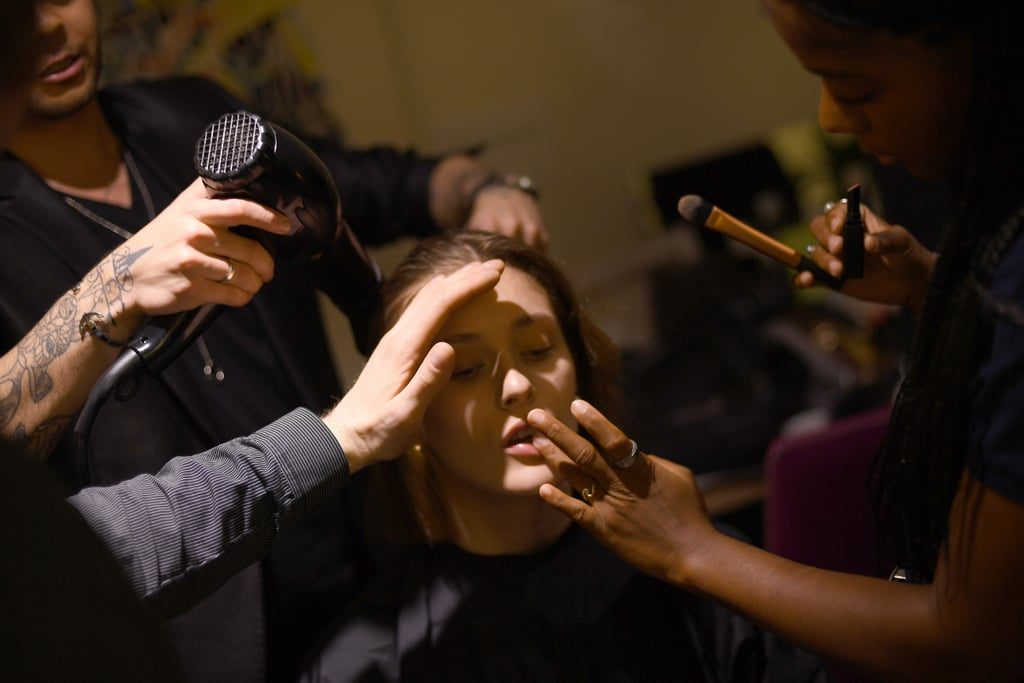 5 Tips Makeup Pengantin Tahan Keringat dan Panas