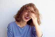 Mulai Sekarang Kamu Harus Banyak Tertawa, Inilah Manfaat Positifnya Secara Ilmiah