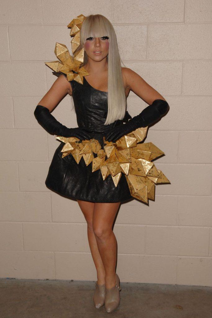 Evolusi Fashion Lady Gaga dari Debut Hingga Jadi Pemenang Grammy