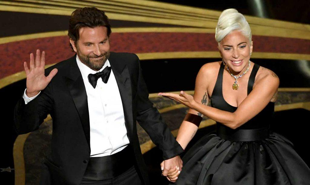 Bukan Karena Bradley Cooper, Ini Alasan Lady Gaga Putus dari Tunangannya