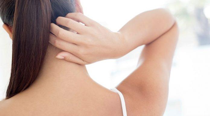 Cara Mudah Mengatasi Komedo di Leher