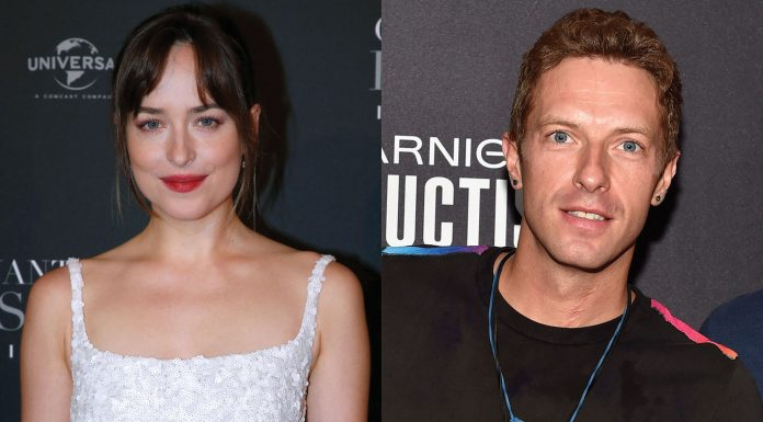 Dakota Johnson dan Chris Martin Dikabarkan Akan Bertunangan