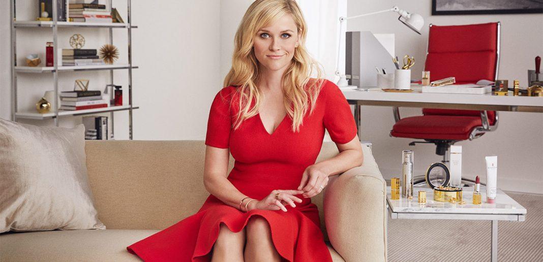 Dukung Kesetaraan Gender, Reese Witherspoon Berkolaborasi dengan Elizabeth Arden