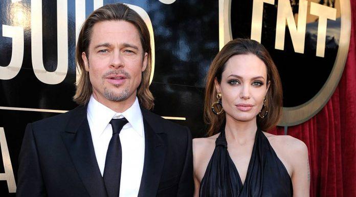 """Melepas Nama """"Pitt"""" Anggelina Jolie Kembali Melajang"""