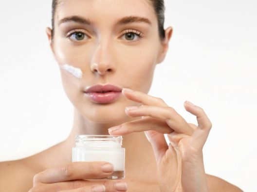 Manfaat Probiotik Bagi Kesehatan Kulit Wanita