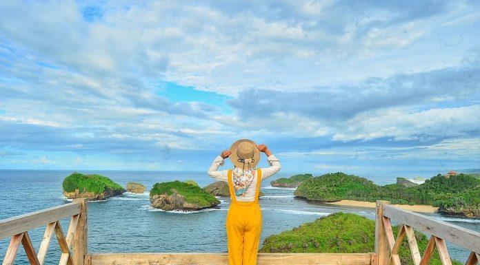 Pantai Kasap di Pacitan, Keindahan Raja Ampat di Jawa Timur