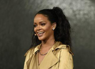 Rambah Lini Fashion, Rihanna Gandeng Rumah Produksi Louis Vuitton