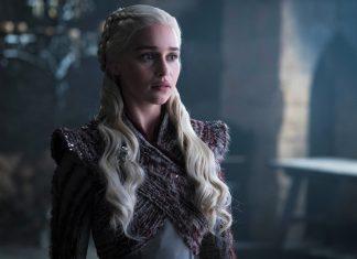 Ternyata Emilia Clarke Sempat Menolak Peran di 'Fifty Shades of Grey'