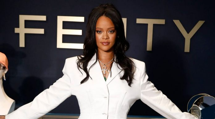 Rihanna Rilis Koleksi Fashion Terbaru Fenty Collection