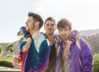 The Jonas Brothers Siap Rilis Memoar Perjalanan Mereka Berjudul 'Blood'